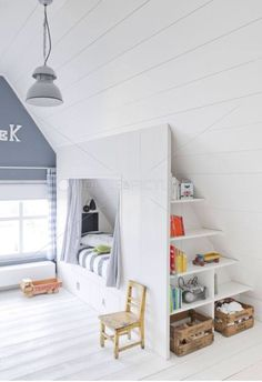 interesting idea for children& room in the attic - bed with .- interessante Idee für Kinderzimmer im Dachgeschoss – Bett mit Stauraum interesting idea for children& room in the attic – bed with storage space # Attic - Attic Bedrooms, Kids Bedroom, Bedroom Ideas, Master Bedroom, Bedroom Decor, Bedroom Small, Bed Ideas, Lego Bedroom, Upstairs Bedroom