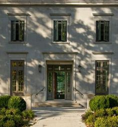 Love the handrails for older guests ZsaZsa Bellagio – Like No Other: House Beautiful: Classic, Fresh and Elegant