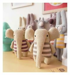 WhiteBegonvil: A . Kawaii Crochet, Crochet Diy, Crochet Bunny, Crochet For Kids, Crochet Animals, Animal Knitting Patterns, Crochet Patterns Amigurumi, Crochet Dolls, Handmade Stuffed Animals