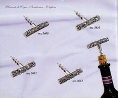 """Mercante di Sogni - Voghera - Bomboniere e Stampati dal 1969 - Vendita ai privati: Collezioni ITBRI: Articoli in argento - Tappo - Salvagoccia - Cavatappi  Collezione """"ITBRI"""" ENOTECA Articoli in argento Decori: Uva - Fortuna - Mare - Floreale  Read more: http://mercantedisognivoghera.blogspot.com/2015/08/collezioni-itbri-articoli-in-argento.html#ixzz3iW7MinaL"""