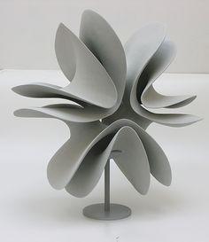 Merete Rasmussen / Grey Double Form / 2014 / Ceramic / Courtesy Galerie Mouvements Modernes
