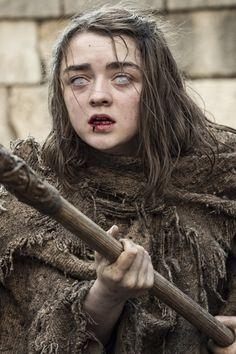 GOT Maisie Williams stars as Arya Stark of House Stark in Game of Thrones (HBO Game Of Thrones Theories, Arte Game Of Thrones, Game Of Thrones Facts, Game Of Thrones Books, Game Of Thrones Quotes, Game Of Thrones Funny, Game Thrones, Playstation, Xbox