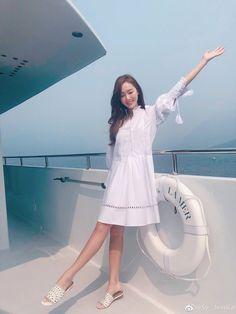 Taeyeon Jessica, Jessica & Krystal, Jessica Lee, Kim Hyoyeon, Krystal Jung, Yoona, Cute Casual Outfits, Classic Outfits, Jessie