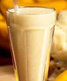 Pint Glass, Glass Of Milk, Gluten Free Recipes, Vegetarian Recipes, Gym Images, Smoothie Drinks, Health Fitness, Eat, Tableware
