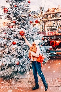 15 Holiday Presets Mobile Presets Bright Holiday Presets XMAS presets Winter Presets Christmas Presets New Year Presets Rich Vibrant Presets - Christmas 2020 Ideas