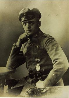 ✠ Julius Buckler (28 March 1894 – 23 May 1960) FA(A) 209, FEA 6, Jasta 17 (36 victories) Pour le Mérite (4 December 1917), Golden Military Merit Cross