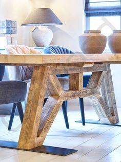 Oud eiken houten tafel - Flying Dutchman (hout onderstel)