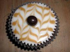 cupcake decoration - mocha cupcakes