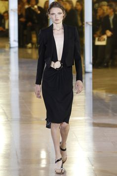Anthony Vaccarello Spring 2016 Ready-to-Wear Fashion Show - Edie Campbell