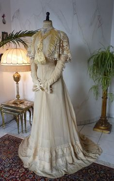 Ivory Silk & Lace Afternoon Gown, ca. 1910