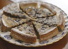 Banana Cake topped with Chocolate chips... Kosher for Passover.      ...totally making this for Passover!