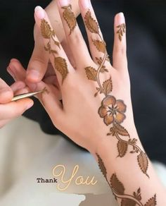 Pretty Henna Designs, Mehndi Designs Feet, Mehndi Designs Book, Stylish Mehndi Designs, Mehndi Design Pictures, Henna Designs Easy, Mehndi Designs For Fingers, Henna Tattoo Designs, Bridal Mehndi Designs