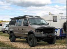 Free² by minerva Off Road Camping, Truck Camping, Van Camping, 4x4 Camper Van, Bus Camper, Campers, Overland Truck, Expedition Vehicle, Lifted Van