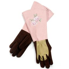 Gauntlets on the Rose Gloves defy thorns to make pruning more enjoyable. $35 from @GardenGirlUSA