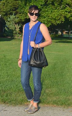 What I Wore Real Mom Style – I Found the Perfect Fall Purse plus these metallic gold cutout oxfords will never go out of style!