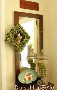 Decorating the Foyer | daisymaebelle