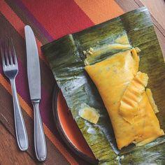 Venezuelan Food, Tamale Recipe, Comida Latina, Spanakopita, The Fresh, Great Recipes, Pineapple, Cooking Recipes, Treats