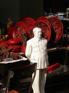 Mao standing guard at The Dirt Market, Beijing, China