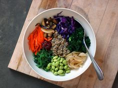 Bibimbap (비빔밥) with quinoa! The most perfect twist on one of my favorite Korean dishes!
