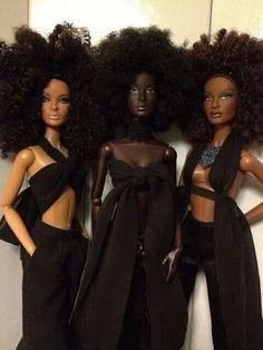 reciclandoenelatico.com African American Barbie dolls