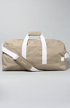 RVCA The Tramp Weekender Bag in Khaki #BrickHarbor