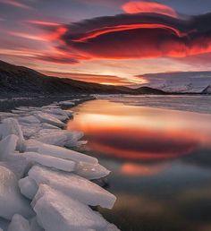 https://www.instagram.com/p/BWunKEpF6n8/  Photographer: @iuriebelegurschi  Location: Iceland ----------------------------------------- #Mytravelgram #bestvacations #beautifulplanett #beautifuldestinations #theluxurylife #thebillionairesclub #luxurylifestylagazine #luxuryworldtraveler #thegoldlist #wonderful_places #worldplaces  #easytripfinder #worldingram #classofluxury #instatraveller #instatravelgram #instatraveling #worldtravelphotography #greatesttravels #worldtravelpics #instasyon…
