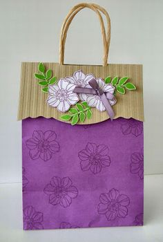 Stampin' Up! Gift Bag by Debbies Creative Spot: Secret Garden stamp set Craft Bags, Craft Gifts, Diy Gifts, Paper Bag Decoration, Paper Decorations, Creative Gift Wrapping, Creative Gifts, Wrapping Ideas, Homemade Gift Bags
