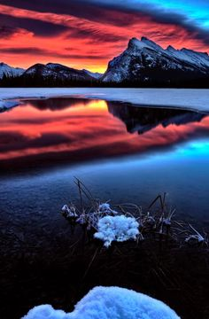 Vermillion Lakes, Mount Rundle - @ Mark Duffy