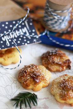 Mandelplätzchen. 1 Teig 3 Plätzchenrezepte. Plätzchenrezepte für Weihnachten. Ingwer Zitronen Kekse, Schokoladen Karamell Kekse und Mandelkekse