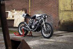 Yamaha XJ600.     Perfect commuter for the unforgiving roads of NOLA