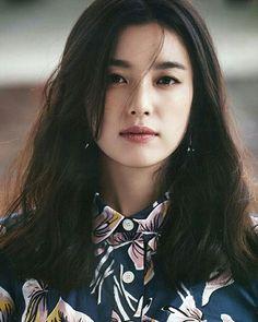 Han Hyo Joo for ELLE Korea, April 2016