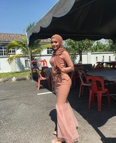Hijab Teen, Arab Girls Hijab, Girl Hijab, Muslim Girls, Beautiful Hijab Girl, Beautiful Muslim Women, Muslim Women Fashion, Curvy Women Fashion, Hijab Stile