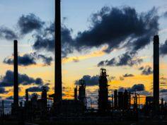 As vagas são para áreas variadas do mercado de petróleo e gás. Inscrições até 20 de abril de 2013.