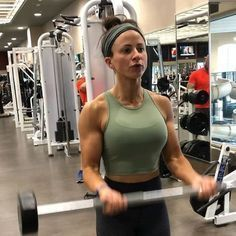 Then you get fit and stay fit Just simple. If BMR is unbalanced then body gain extra weight and sometime loss extra weight. Best Weight Loss Tips in Just 14 Days. Best Cardio Workout, Biceps Workout, Easy Workouts, Tri Workout, Workout Routines, Biceps And Triceps, Back And Biceps, Best Weight Loss, Weight Loss Tips