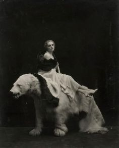 Photograph by Italian photographer, Emilio Sommariva. Emilio Sommariva was well-known for his portraits of the aristocrats and bourgeois of Milan.