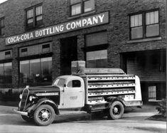 Vintage+Coca+Cola+Delivery+Trucks+(12).jpg 640×509 pixels