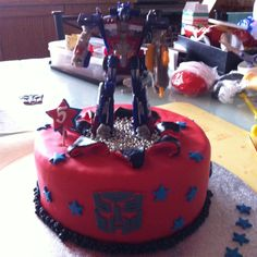 Transformers.... Chocolate mud cake and I transformer toy for the birthday boy!