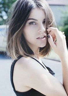 lunt bob Cute center parted ombre bob haircut