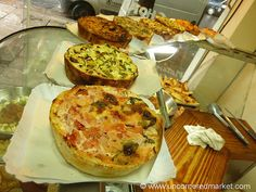 Tartas - when you think Argentine tarta, think quiche with less egg and more filling. Empanadas, Love Eat, Love Food, Argentine Recipes, Argentina Food, Argentina Travel, Gourmet Recipes, Healthy Recipes, Picnic Lunches