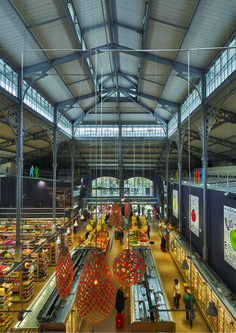 Secrétan Covered Market | Architecture Patrick Mauger | Location: 29 Avenue Secrétan, 75019 Paris, France | Area4228.0 sqm Project Year2015 | Photographs: Didier Boy de la Tour