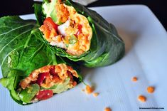 """Collard Wrap with Edamame Hummus In this sandwich wrap, collard greens serve as your """"tortilla."""" Spread your favorite hummus over the greens and roll it up. Healthy Dishes, Healthy Dinner Recipes, Real Food Recipes, Healthy Snacks, Healthy Eating, Cooking Recipes, Collard Green Wraps, Collard Greens, Plat Vegan"""