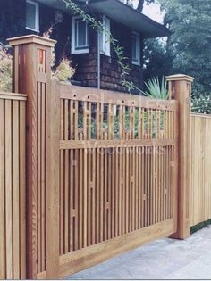 5 Fascinating Useful Tips: Fence Gate Insert vertical fence slats.Iron Fence Designs old fence wagon wheels.Fence For Backyard Products. Backyard Fences, Garden Fencing, Front Yard Landscaping, Backyard Projects, Pool Fence, Fence Doors, Fence Gate, Cedar Fence, Wooden Garden Gate