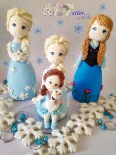 Bonecas Elza e Ane, porcelana fria, adornando torta, chaveiro neve, Candy Bar, lembrança, festa infantil, meninas.