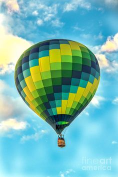 ✯ Hot Air Ballon Checkerboard