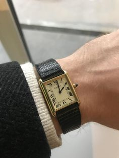 Best 10 Reasons Why You Should Buy a Vintage Watch – Vintage Radar Cartier Watches Women, Cartier Men, Vintage Watches Women, Watches For Men, Rolex Watches, Stylish Watches, Luxury Watches, Vintage Swatch Watch, Vintage Cartier Watch