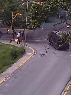 Av. Andrés Bello #Merida #20A 05:33pm. pic.twitter.com/ZivfA1j1JH