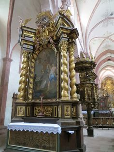 Bronnbach_Kloster_linker_Seitenaltar_Balthasar_Esterbauer_1704_06.jpg (3000×4000)