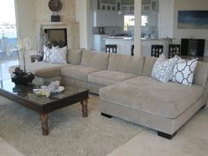 Sectional Sofa With Chaise - Decoration Oversized Sectional Sofa, Sectional Sofa With Chaise, Living Room Sectional, Lounge Sofa, Living Room Colors, New Living Room, Living Room Designs, Living Room Decor, New Furniture