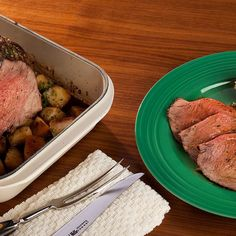 Herbed Roast Beef with Oven-Browned Potatoes