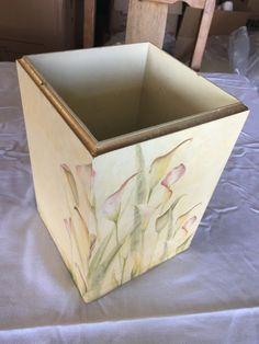 Bathroom waste basket $5